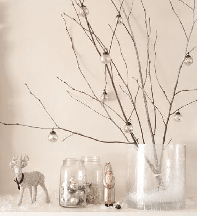 Astounding 40 Awesome And Inspiring White Christmas Decorating Ideas Download Free Architecture Designs Scobabritishbridgeorg