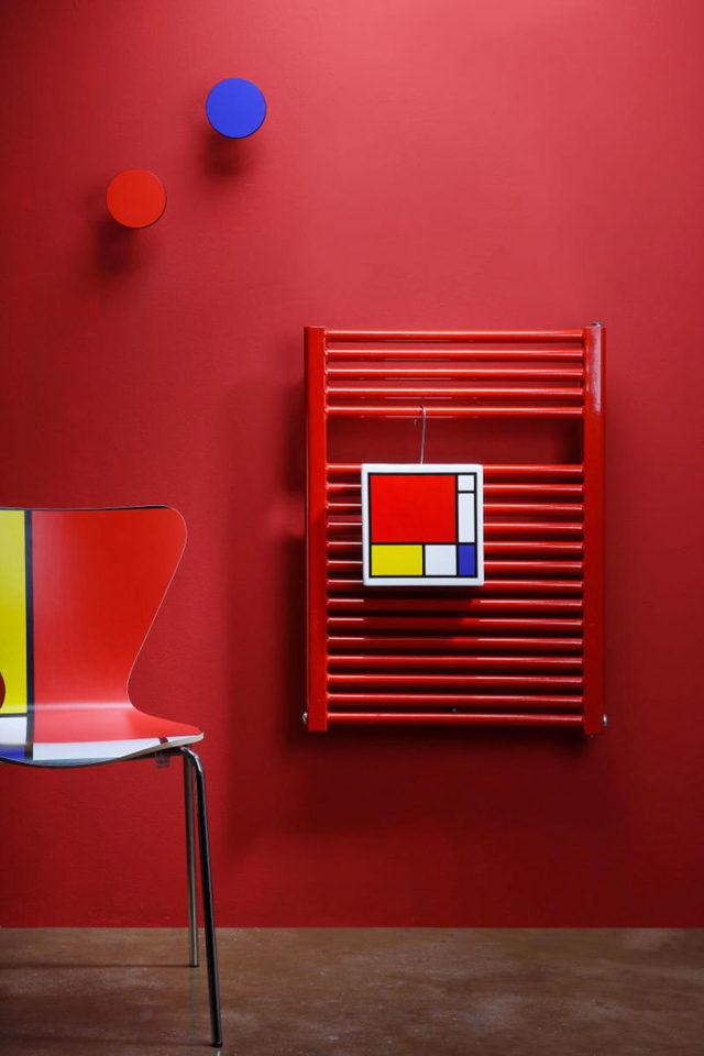 hummon creativando umidificatori per termosifone ispirati ai quadri di Mondrian.