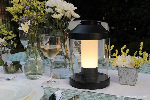 Philips Luce da giardino per esterno Abelia a led, ricaricabile e dimerabile.