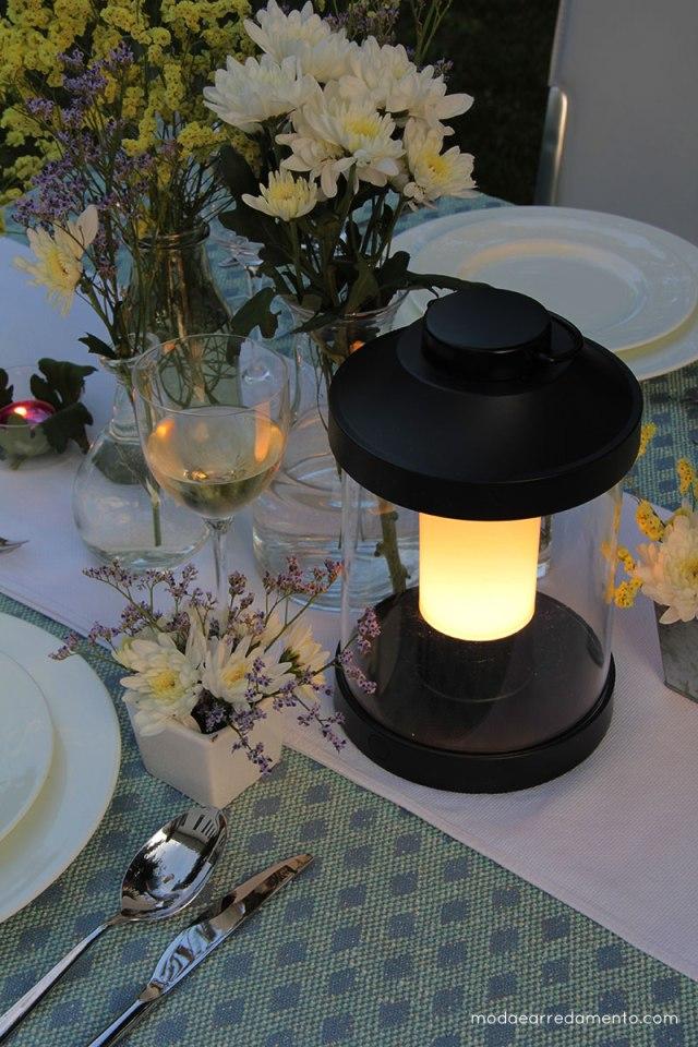 Philips luce da giardino Abelia ricaricabile.