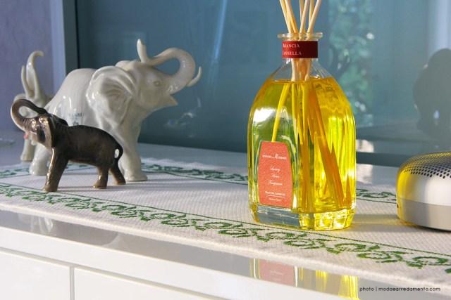 Essenza per ambienti arancia e cannella - diffusore con bacchette midollino
