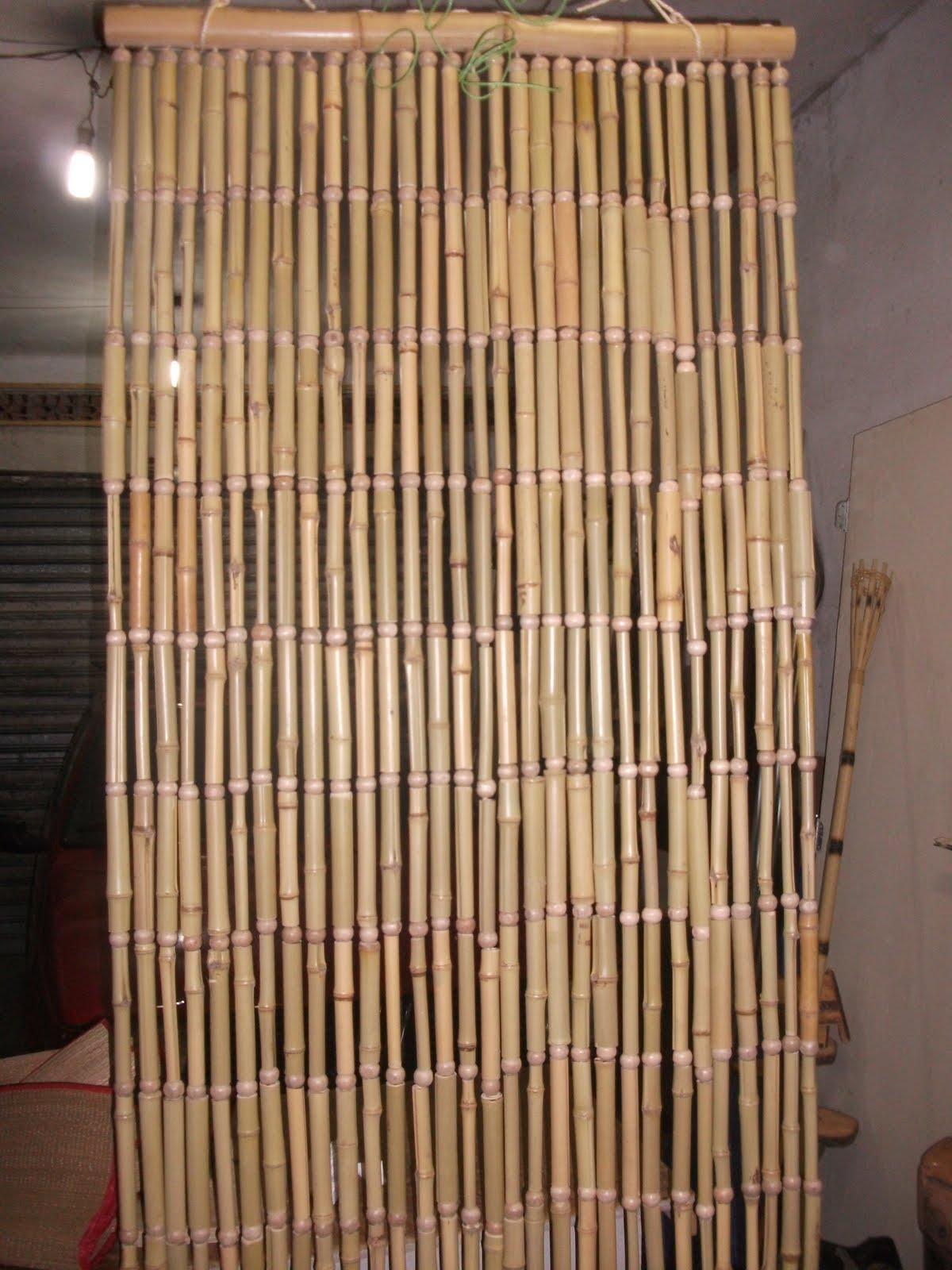 Cortinas de bambu um tem decorativo interessante  Moda