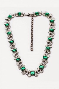 http://www.persunmall.com/p/shining-crystal-and-rhinestone-necklace-p-23148.html?from_prod_history=1&refer_id=7952