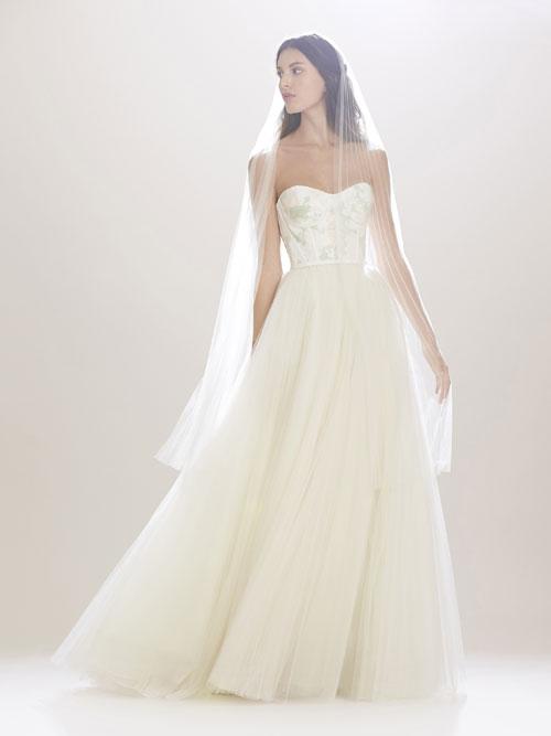 53a67257c6 Las novias de Carolina Herrera NY para otoño ⋆ Moda en Calle
