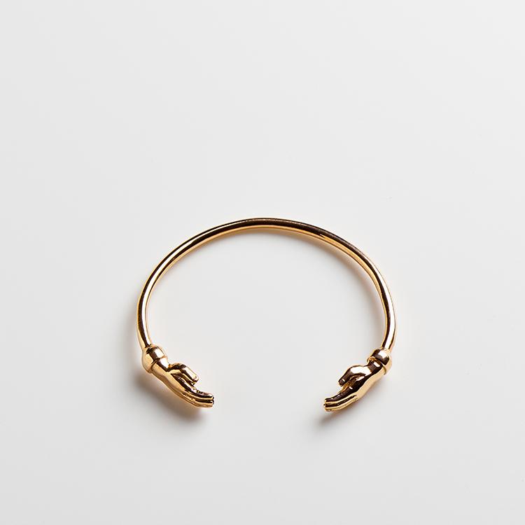 Abraco cuff by MVaz Jewellery on www.modagrid.com