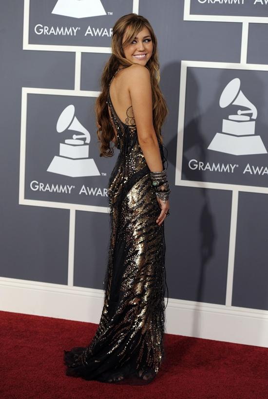 premios-grammy-2011-02