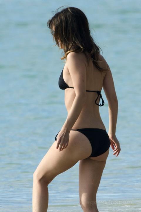 rachel-bilson-bikini-barbados-13