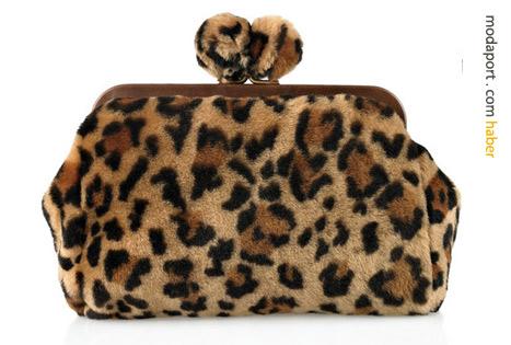 Tüylü leopar çanta