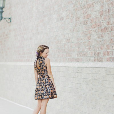 FLIRTY COLLARD DRESS <'<'<