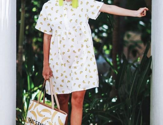 Alena Gidenko of modaprints.com styles a banana dress with pink sandals and a bannana bag