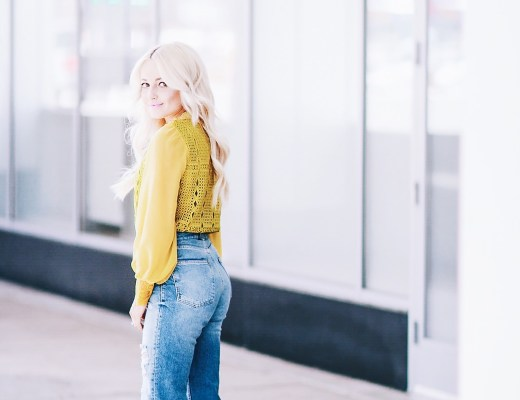 Alena Gidenko of modaprints.com styles a yellow lace top with high waisted mom jeans