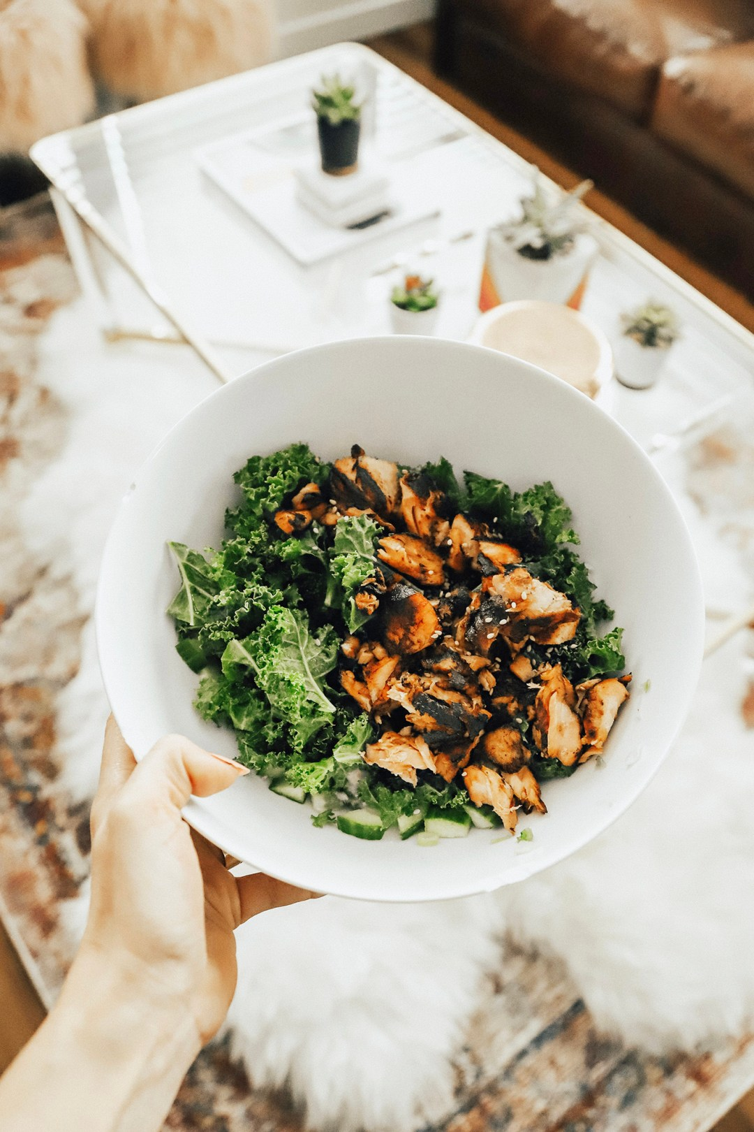 Alena Gidenko of modaprints.com shares her favorite healthy Paleo meals from home!