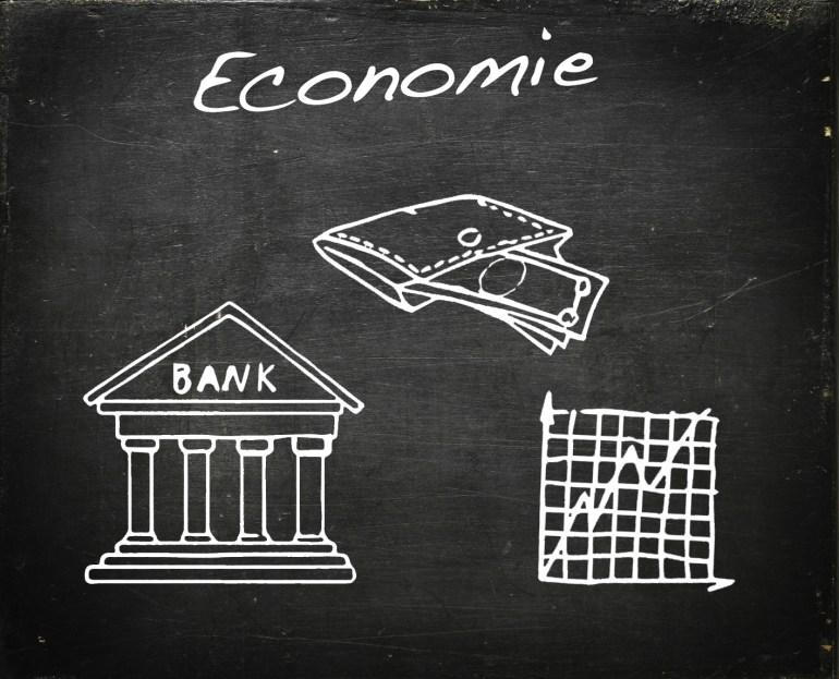 Modarium schoolbord voor economie met symbolen