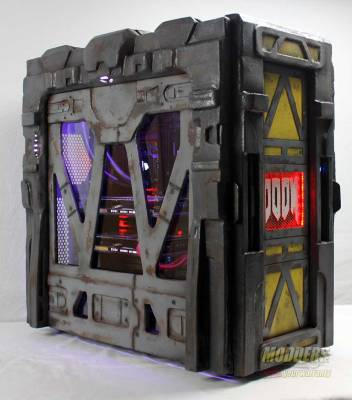 Modders-Inc-DOOM-Case-Mod-17
