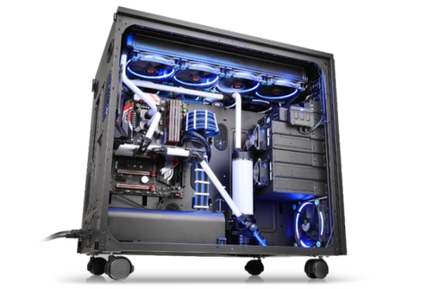 Thermaltake TT Premium Core W200 Super Tower Chassis_2