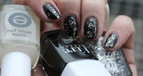 Sort/ sølv nytårsmanicure: Essie Set in Stones,…