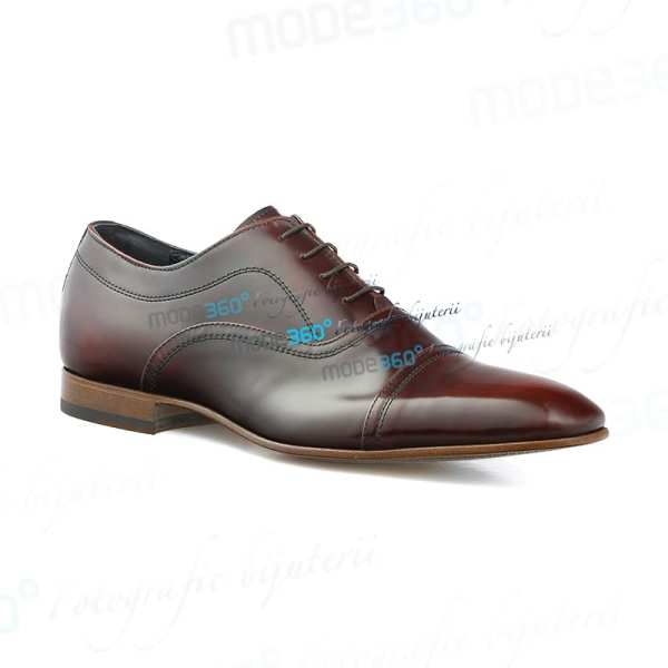 fotografie de produs pantofi incaltaminte superclare