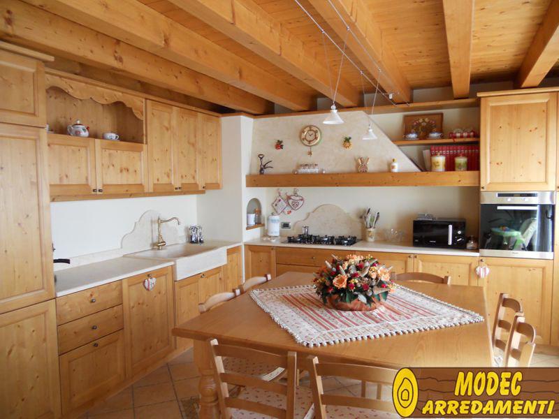 Arredi personalizzati rustici e per la montagna MODEC