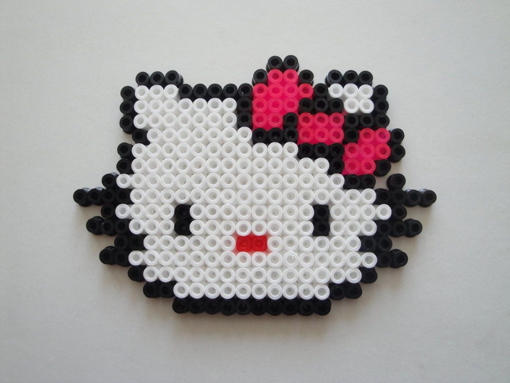 hello kitty 1001 possibilit s en perles hama mod les hama. Black Bedroom Furniture Sets. Home Design Ideas