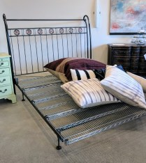 Custom iron bed frame, queen size. Custom designed and built in 1991 by 47 Productions. 1350.-
