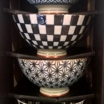 Boxed set of Miya 'Retro' bowls in black/white. Great for gifts! 29.50