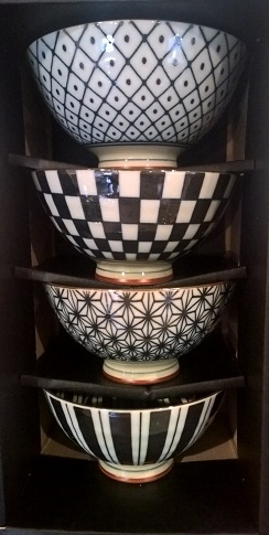 "Boxed set of 'Retro' bowls in black/white, 4.5"" dia. Great for gifts! 29.50"