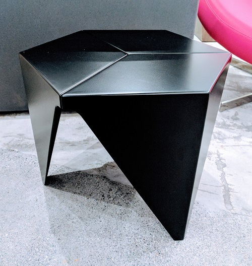 Vitra 'Prismatic' Table by Isamu Noguchi. Purchased in DWR in 2015. Powder coated aluminum. Current List: $750.- Modele's Price: 395.-