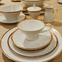 **ITEM NOW SOLD**Rosenthal Vintage China. 'Form 2000 with Gold Band'. 395.-set