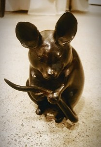 Vintage bronze mouse. C.1920's-30's. 350.-