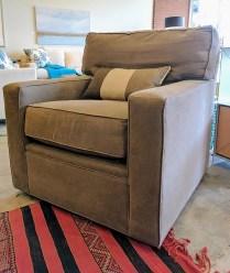 **ITEM NOW SOLD** 200 Series Stickley Swivel Chair. Original List: $2660.- Modele's Price:1250.-