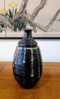**ITEM NOW SOLD**Sake jar (3). 30.-
