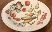 **ITEM NOW SOLD** Williams Sonoma large serving or salad bowl. Never used. 30.-