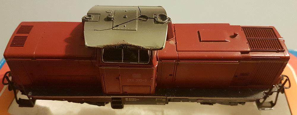 BR 212 215-8 von Märklin (Art. Nr. 3072) mit leichtem Defekt