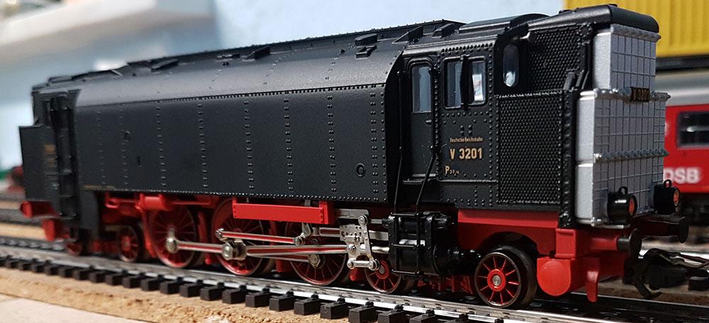 Dieseldruckluftlok V32 - Märklin 3720
