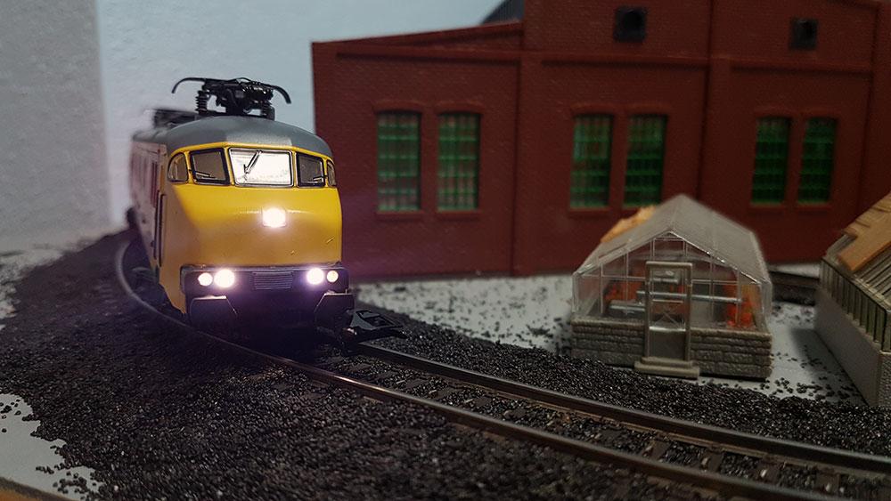 Zug im Einsatz beim Bahnbetriebswerk
