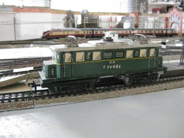 E 44 Holzgehäuse-Unikat H0