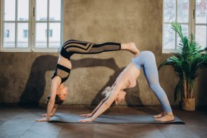 10 Qualities To Look For in the Best Pair of Yoga Leggings