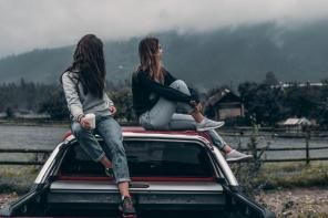 5 Tips For a Safe All Girls Road Trip