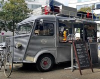 "Citroen Type H Mobile Kitchen "" Food Truck"" (1/24) (fs)"