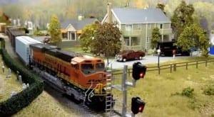 American HO Model Railroad Image 3