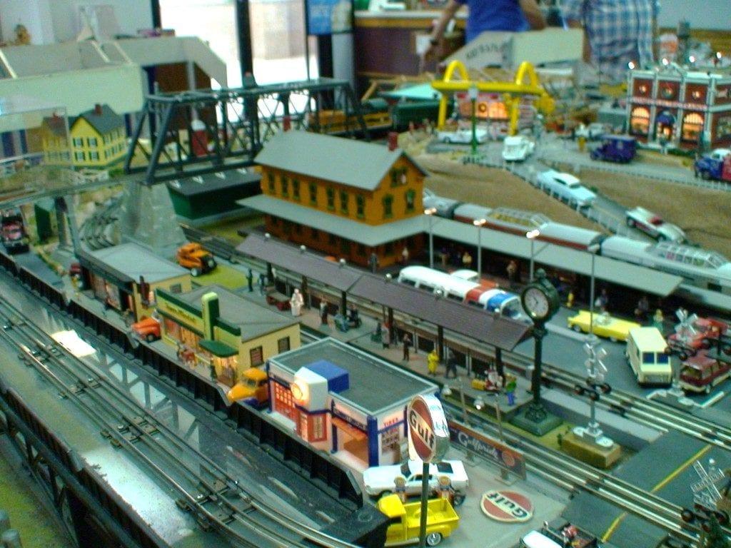 Basic Simple Electrics For Model Railways