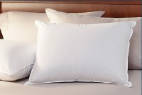 Deluxe Goose Down Alternative King Size Pillow