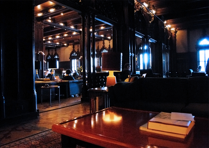 Chicago Athletic Hotel Harry Potter in Chicago