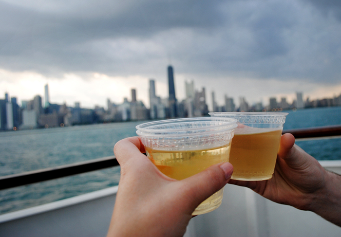 Best boat tours in the city of Chicago on the river and Lake Michigan