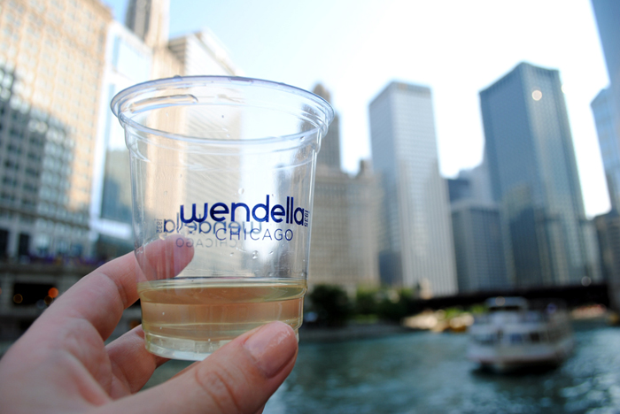 Your guide to Chicago architecture and sunset cruises on the river and Lake Michigan with Wendella Boat Tours!
