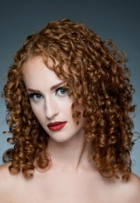 HOT Medium Hair Styles Pictures And Styling Tips