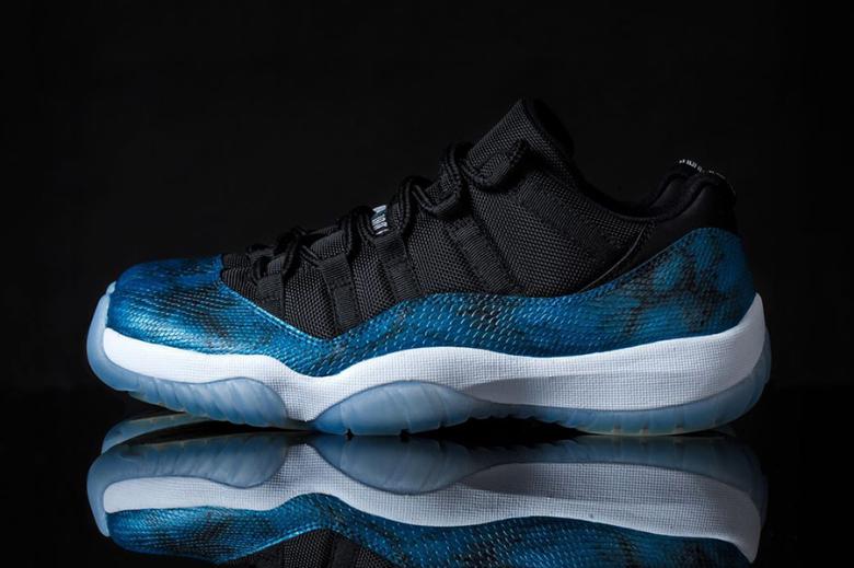 hot sale online d4d86 b6fcf air-jordan-11-retro-low-blue-snake-custom-