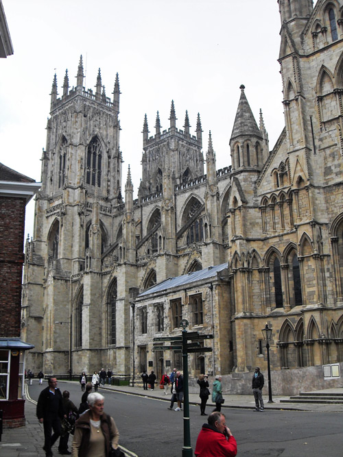 England-Modern-Acupuncture-Research-York-Minster