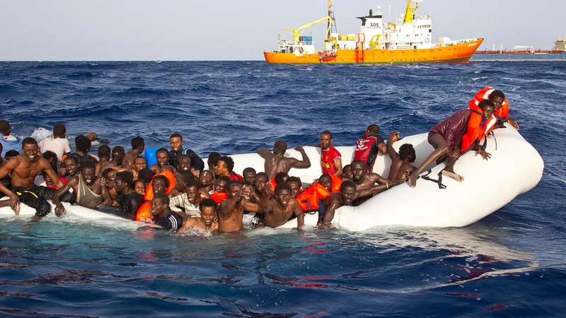 422 migrants rescued off Libyan coast