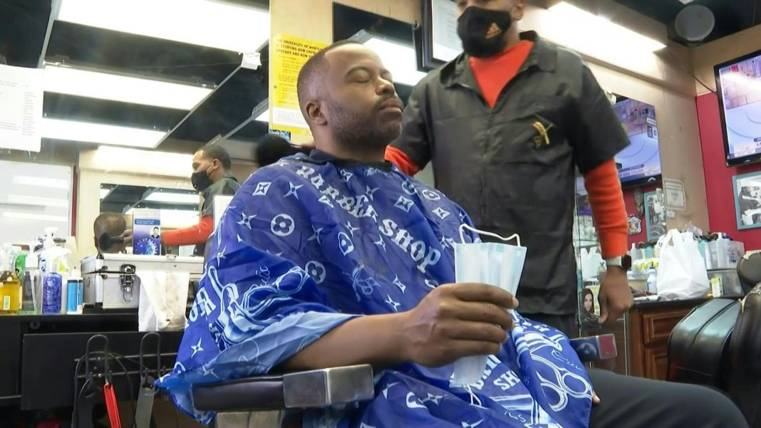 African-American barber fights vaccine misinformation
